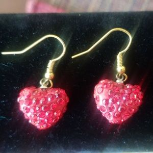 HEART SHAPED RED EARINGS